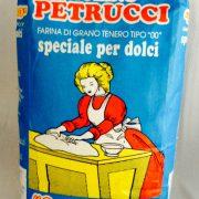 Farina di grano tenero, 00, speciale per dolci, 1 kg 1,30 euro